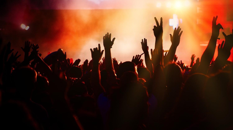 muzyka łagodzi obyczaje – czy tylko?