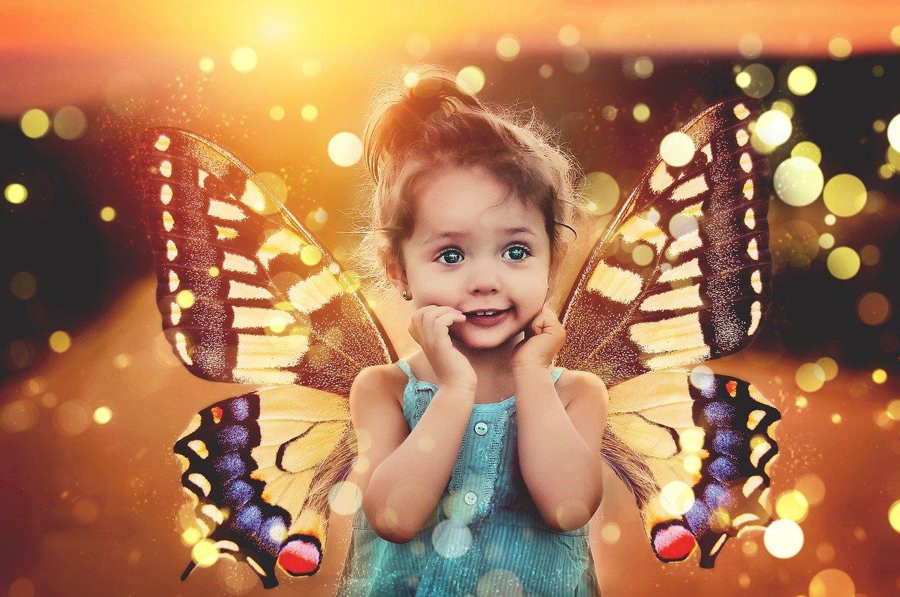 dzieci rodzą się ze skrzydłami